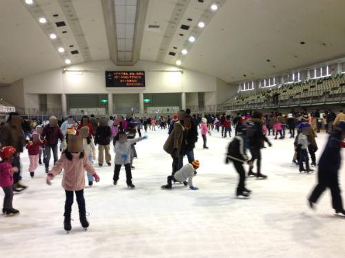 銀河アリーナ:家族でのスケートが1回目より2回目の方が楽しい ...
